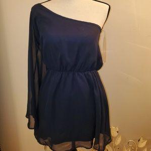 crimson & clover one sleeve dress